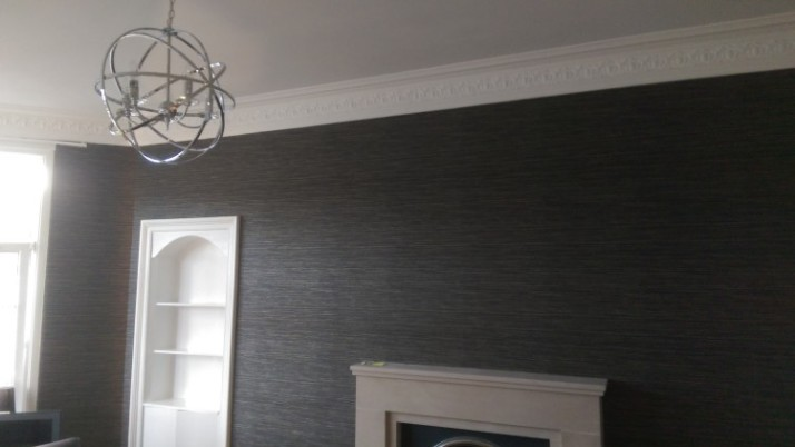 Wallpapering and painting in Shawlands
